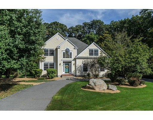واحد منزل الأسرة للـ Sale في 12 Anna Way 12 Anna Way Norton, Massachusetts 02766 United States