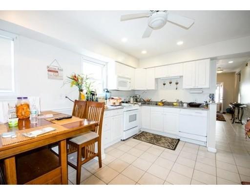 独户住宅 为 出租 在 27 Wave Avenue Revere, 02151 美国