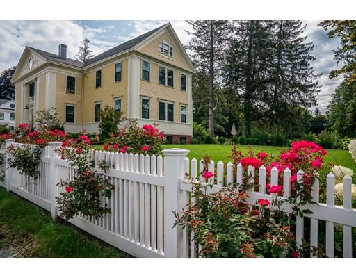 Casa Unifamiliar por un Alquiler en 33 High Road Newbury, Massachusetts 01951 Estados Unidos
