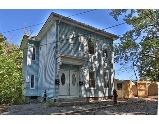 Casa Multifamiliar por un Venta en 130 Bartlett Street 130 Bartlett Street Lowell, Massachusetts 01852 Estados Unidos