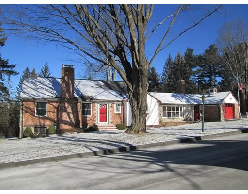 独户住宅 为 销售 在 25 Paradox Drive 伍斯特, 马萨诸塞州 01602 美国