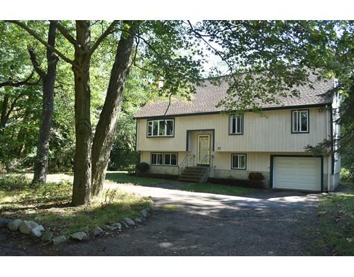 独户住宅 为 销售 在 37 Norroway Avenue 37 Norroway Avenue 伦道夫, 马萨诸塞州 02368 美国