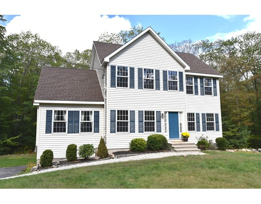 Single Family Home for Sale at 103 Webster Street 103 Webster Street Douglas, Massachusetts 01516 United States