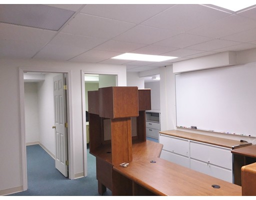 Commercial للـ Rent في 69 Hall Road 69 Hall Road Sturbridge, Massachusetts 01566 United States