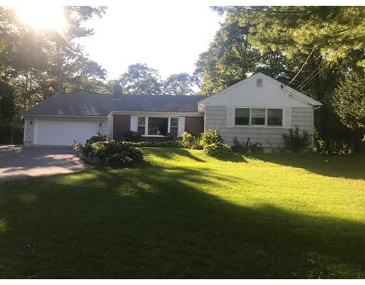 Casa Unifamiliar por un Venta en 993 Shootflying Hill Road 993 Shootflying Hill Road Barnstable, Massachusetts 02632 Estados Unidos