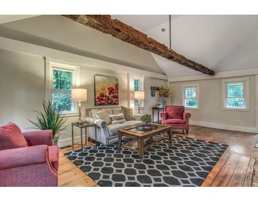 独户住宅 为 销售 在 621 LOWELL STREET 林菲尔德, 01940 美国