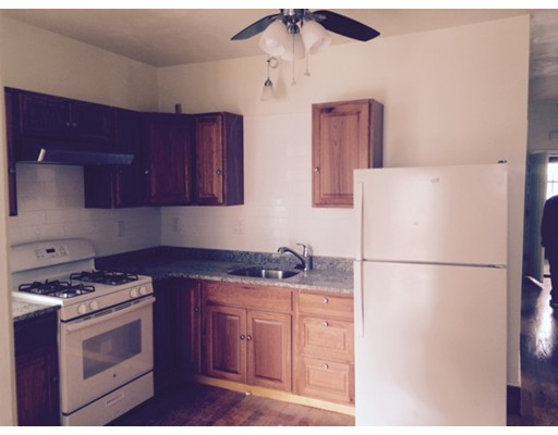 独户住宅 为 出租 在 24 Havelock 波士顿, 马萨诸塞州 02124 美国