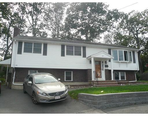 Casa Multifamiliar por un Venta en 65 Goldcliff Road Malden, Massachusetts 02148 Estados Unidos