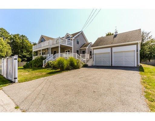 Single Family Home for Rent at 10 Wingaersheek Road 10 Wingaersheek Road Gloucester, Massachusetts 01930 United States