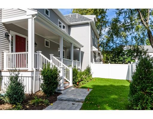 Maison unifamiliale pour l Vente à 101 Court Street 101 Court Street Newton, Massachusetts 02460 États-Unis