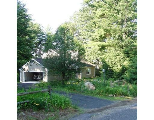 Single Family Home for Sale at 10 Judd Lane 10 Judd Lane Williamsburg, Massachusetts 01096 United States