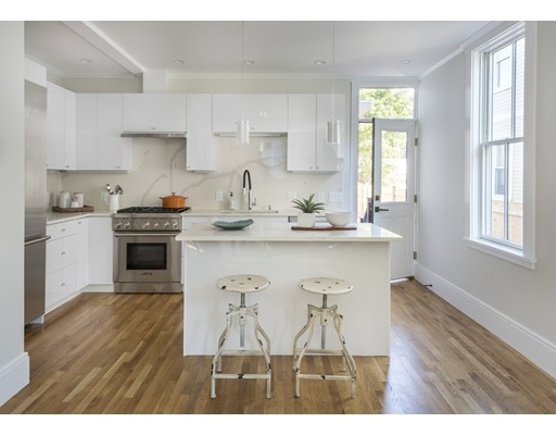Additional photo for property listing at 104 Amory Street  Cambridge, Massachusetts 02139 Estados Unidos