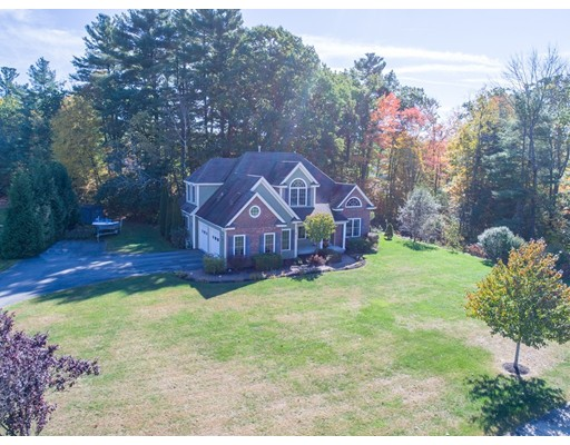 Single Family Home for Sale at 5 Oakes Landing 5 Oakes Landing Shirley, Massachusetts 01464 United States