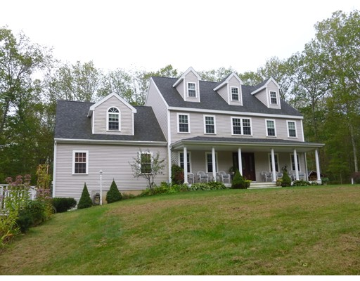 Casa Unifamiliar por un Venta en 1336 Brimfield Road 1336 Brimfield Road Warren, Massachusetts 01083 Estados Unidos