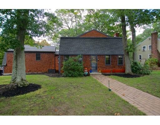 Casa Unifamiliar por un Venta en 144 Ledgewood Road Dedham, Massachusetts 02026 Estados Unidos