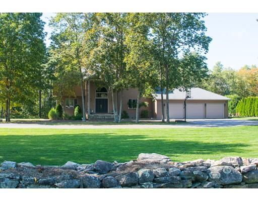 Частный односемейный дом для того Продажа на 116 Upper Gore Road 116 Upper Gore Road Webster, Массачусетс 01570 Соединенные Штаты