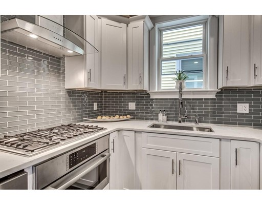 Additional photo for property listing at 85 Lexington Street  Boston, Massachusetts 02128 Estados Unidos