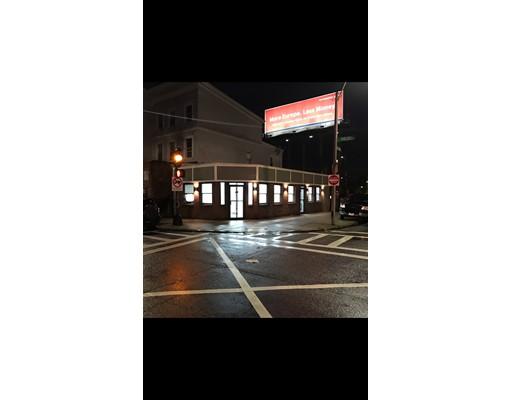 Commercial pour l à louer à 135 Chelsea Street 135 Chelsea Street Boston, Massachusetts 02128 États-Unis
