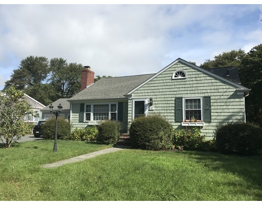 75  Middle St,  Dartmouth, MA