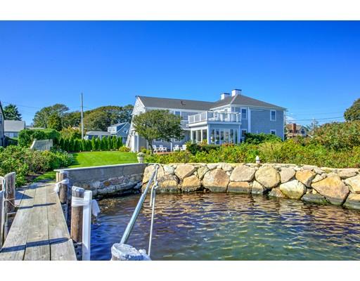 Casa Unifamiliar por un Venta en 189 Clinton Avenue 189 Clinton Avenue Falmouth, Massachusetts 02540 Estados Unidos