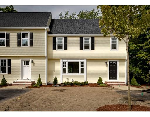 Appartement en copropriété pour l Vente à 7 WESTVIEW RD #7 7 WESTVIEW RD #7 Natick, Massachusetts 01760 États-Unis