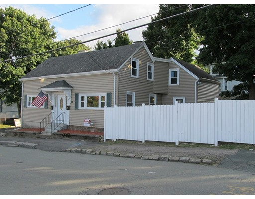 独户住宅 为 出租 在 36 Franklin Street 皮博迪, 01960 美国