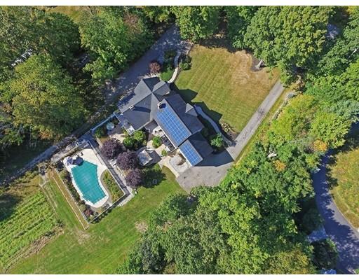 Casa Unifamiliar por un Venta en 139 Highland Street Townsend, Massachusetts 01469 Estados Unidos