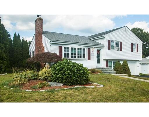 Maison unifamiliale pour l Vente à 100 Howland Avenue 100 Howland Avenue East Providence, Rhode Island 02914 États-Unis