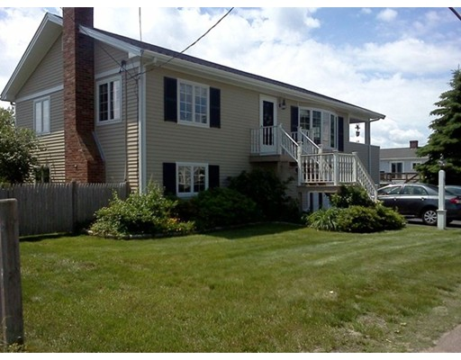 Single Family Home for Rent at 20 Packard Avenue #house 20 Packard Avenue #house Hull, Massachusetts 02045 United States