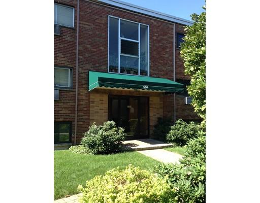 共管式独立产权公寓 为 销售 在 594 American Legion Hwy 波士顿, 马萨诸塞州 02131 美国