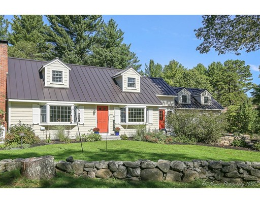 Single Family Home for Sale at 108 Jackman Street 108 Jackman Street Georgetown, Massachusetts 01833 United States
