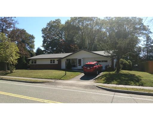 Casa Unifamiliar por un Alquiler en 225 Jon Drive #1 225 Jon Drive #1 Brockton, Massachusetts 02302 Estados Unidos