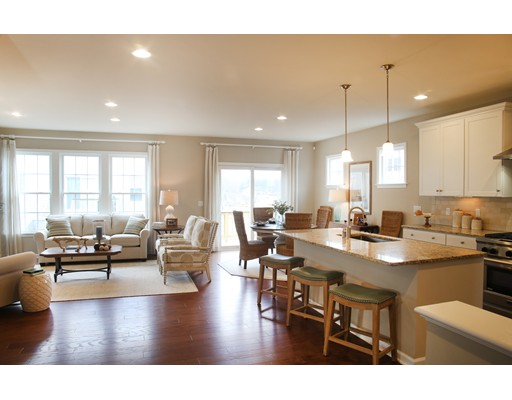 Single Family Home for Sale at 203 Stonehaven Drive 203 Stonehaven Drive Weymouth, Massachusetts 02190 United States