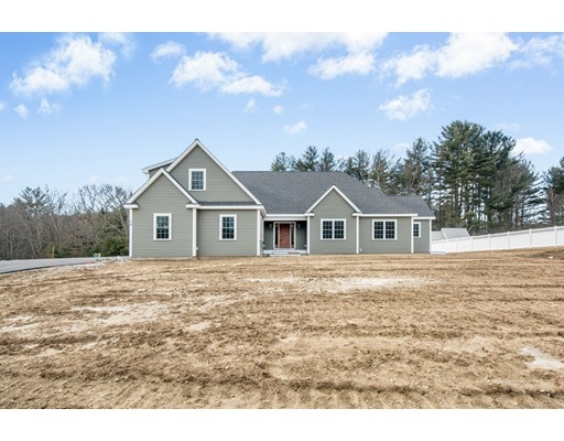 Single Family Home for Sale at 3 Blood Road 3 Blood Road Charlton, Massachusetts 01507 United States