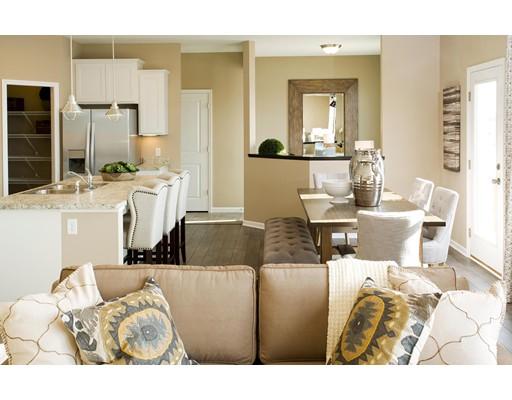 Maison unifamiliale pour l Vente à 207 Stonehaven Drive 207 Stonehaven Drive Weymouth, Massachusetts 02190 États-Unis