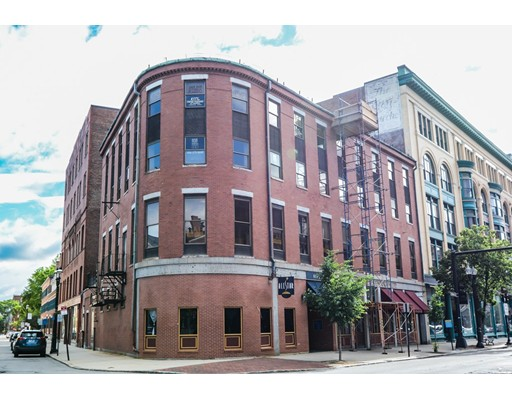 Commercial for Sale at 169 Merrimack Street 169 Merrimack Street Lowell, Massachusetts 01852 United States