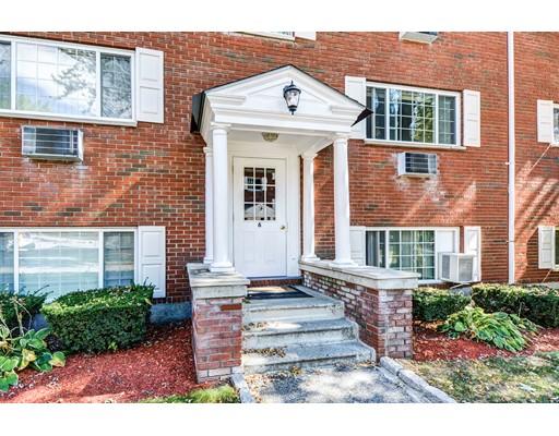 Appartement en copropriété pour l Vente à 6 Grafton St #1 6 Grafton St #1 Shrewsbury, Massachusetts 01545 États-Unis