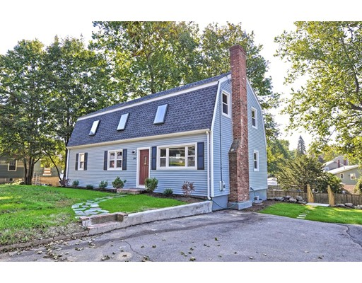 Single Family Home for Sale at 304 Canton Street 304 Canton Street Randolph, Massachusetts 02368 United States
