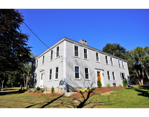 Single Family Home for Sale at 369 E Center Street 369 E Center Street West Bridgewater, Massachusetts 02379 United States