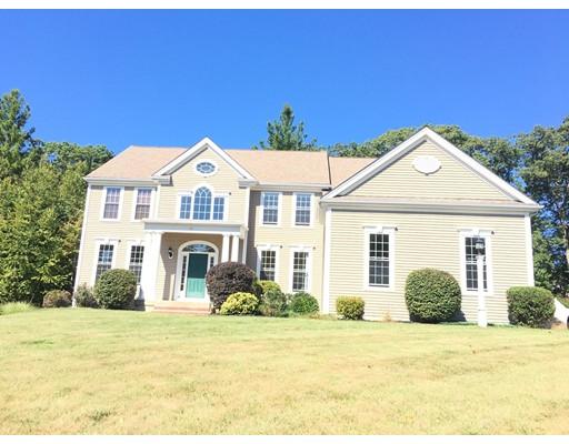 واحد منزل الأسرة للـ Sale في 51 Fairway Drive 51 Fairway Drive Northbridge, Massachusetts 01534 United States
