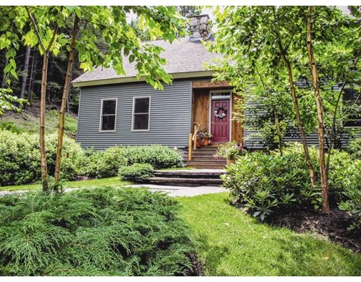 Частный односемейный дом для того Продажа на 163 Worthington Road 163 Worthington Road Huntington, Массачусетс 01050 Соединенные Штаты