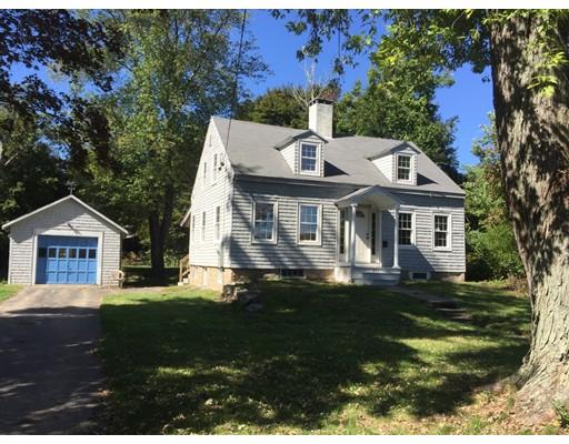 独户住宅 为 销售 在 241 W Main Street 241 W Main Street Avon, 马萨诸塞州 02322 美国