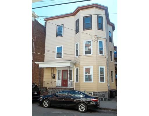 Maison avec plusieurs logements pour l Vente à 19 Marlborough Street 19 Marlborough Street Chelsea, Massachusetts 02150 États-Unis