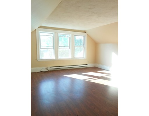 Casa Unifamiliar por un Alquiler en 183 main Street Melrose, Massachusetts 02176 Estados Unidos