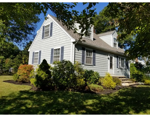 Single Family Home for Sale at 259 Highland Street East Bridgewater, Massachusetts 02333 United States