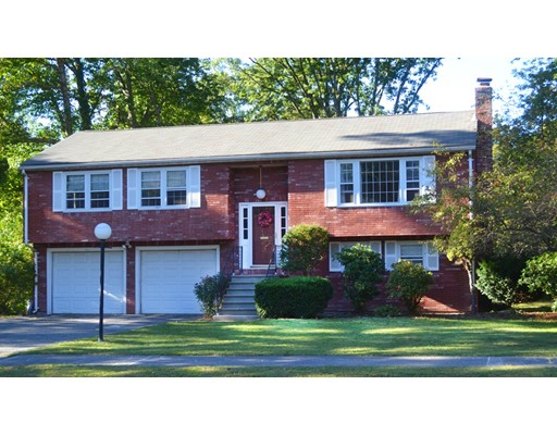 واحد منزل الأسرة للـ Rent في 15 Tamarack Road 15 Tamarack Road Natick, Massachusetts 01760 United States