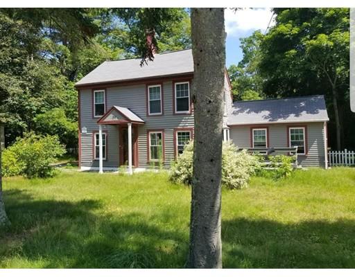 Casa Unifamiliar por un Venta en 298 Cocasset Street Foxboro, Massachusetts 02035 Estados Unidos