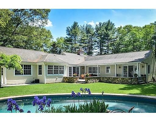Casa Unifamiliar por un Venta en 6 Willow Street 6 Willow Street Dover, Massachusetts 02030 Estados Unidos