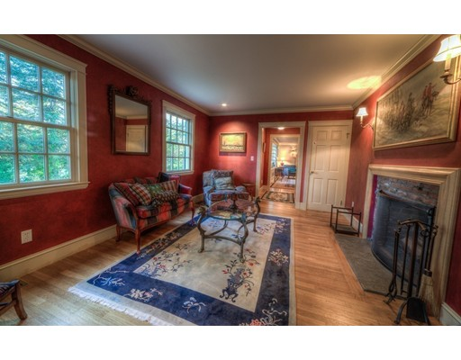 6 Willow St, Dover, MA, 02030