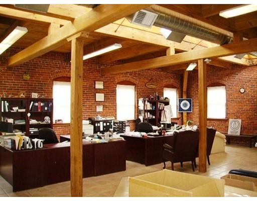 Commercial للـ Sale في 119 Foster 119 Foster Peabody, Massachusetts 01960 United States
